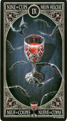 9 de coupes - Tarot gothique par Anne Stokes
