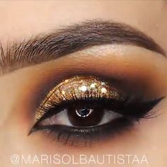 makeup looks for blue eyes will remove eye makeup makeup kaise kare makeup used by baseball players makeup 5 minute crafts eye with makeup tutorial much is it to get eye makeup done at mac makeup 2019 in pakistan Eye Makeup Tips, Makeup Goals, Makeup Videos, Skin Makeup, Makeup Inspo, Eyeshadow Makeup, Makeup Basics, Makeup Geek, Makeup Remover