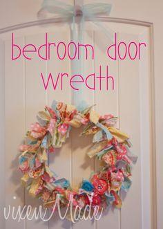 Saturday, June 30, 2012  Bedroom Door Wreath {tutorial} with vixenMade