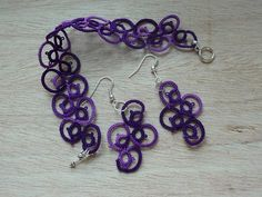 Rings and Curves by Tatting Box/Elaine P Gan. Pattern link is here: https://www.facebook.com/photo.php?fbid=507949809274484=pb.381293655273434.-2207520000.1375831048.=3=https%3A%2F%2Ffbcdn-sphotos-b-a.akamaihd.net%2Fhphotos-ak-ash4%2F1077878_507949809274484_1550722586_o.jpg=https%3A%2F%2Ffbcdn-sphotos-b-a.akamaihd.net%2Fhphotos-ak-ash4%2F1000876_507949809274484_1550722586_n.jpg=1224%2C1584