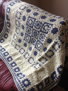 Color Inspiration :: Blue & white granny square blanket . . . . ღTrish W ~ http://www.pinterest.com/trishw/ . . . . #crochet #afghan #throw