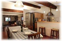 160 euro/n. Florence apt. 3 bedrooms, 2 bath. Good location near ponte vecchio