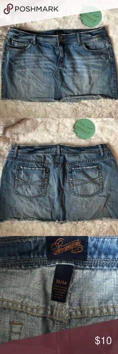 "Aeropostale Distressed Jean Mini Skirt Sz 13/14 JR Mommas Cleaning Out Closet! Aeropostale Mini Jean Skirt with Distressed look▪️Sz 13/14▪️ Great Condition! Only worn once on vacation▪️Flat Lay Measurements: Waist 17 1/2"" Length 12"" Aeropostale Skirts Mini"