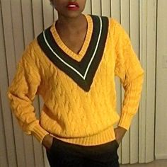 Vintage Gap Sweater Oversized Gap sweater. Can fit up to large GAP Sweaters V-Necks