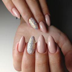 38 Fantastic Pink Nail Designs Glitter Color Combos 2019 : Have a look! Nude Nails, Nail Manicure, Nail Polish, Prom Nails, Wedding Nails, Almond Shape Nails, Pink Nail Designs, Nails At Home, Nail Arts
