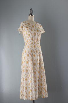 1930s Dress / Vintage 30s Gauzy Floral Dress