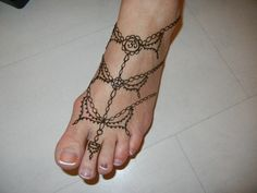 Henna Design Picture Gallery: Henna Feet Tattoo Pictures