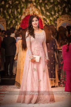 Asian Wedding Dress Pakistani, Pakistani Dresses Casual, Pakistani Wedding Dresses, Lehanga Saree, Walima Dress, Anarkali, Frock Fashion, Fasion, Fashion Dresses