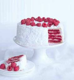 Coconut and raspberries Something Sweet, Vanilla Cake, Raspberry, Cheesecake, Deserts, Food And Drink, Coconut, Favorite Recipes, Yummy Food