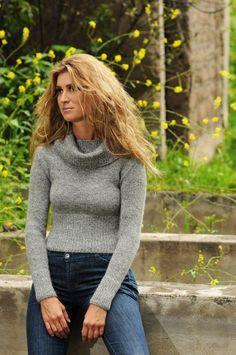 Janma Handmade Alpaca Sweater  Natural Colors - No dyes Save 80%! $49.80 http://colorfulcanary.blogspot.com/