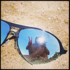 heity92 Do your #Sunnies double as a mirror? #21DaysOfLA #Day3
