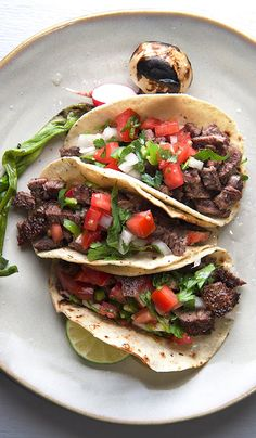 Carne Asada Tacos 5 de Mayo ~ Yes, more please! 8 De Mayo and every other day! Celebrate with Mexican food! Yes, more please! - An extra serving of cooking inspiration. Authentic Mexican Recipes, Mexican Food Recipes, Dinner Recipes, Carne Asada Tacos Recipe, Beef Recipes, Cooking Recipes, Tortilla Recipes, Steak Tacos, Steak Taco Marinade