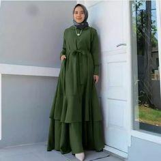Fashion Show Dresses, Modest Fashion, Dress Outfits, Fashion Outfits, Modest Wear, Modest Dresses, Casual Dresses, Abaya Fashion, Muslim Fashion