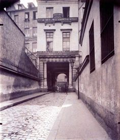 Hotel du president Rosambo par la rue Taylor (10e) By Eugène Atget ,1909