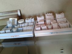 Rótulos para kit toalete - 2 kits  Kit toilet- 2 kits rosa e creme  www.elo7.com.br/renatafelixfestas  R$90,00 kit feminino e masculino