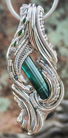 ©CD Davis #wirewrap #jewelry #wirewrapjewelry