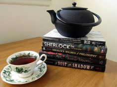 Lovely tea pot and Sherlock Holmes books