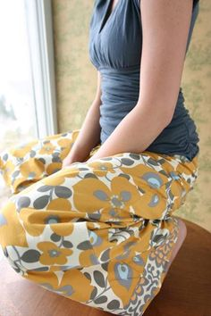 Grey and goldenrod, of course. I could design a whole room around this Amy Butler fabric.