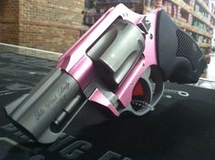 Charter Arms' The Pink Lady .38 special revolver. **Great for Concealed Carry** #pink #revolver #lady