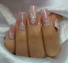 Nail Art Decoration With Rhinestones And Glitter – Best Puzzles, Games, Ideas & Henna Nails, Lace Nails, Gel Nails, Henna Nail Art, Nail Nail, Perfect Nails, Gorgeous Nails, Indian Nails, Bridal Nail Art