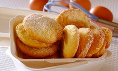 These simply delicious wafer biscuits are the perfect treat. Stork Recipes, Pretzel Bites, Biscuits, Bread, Cookies, Baking, Food, Crack Crackers, Crack Crackers