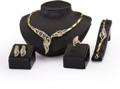 Gold Plated Fine Jewelry Set For Women Beads Collar Necklace Earrings Bracelet Rings Sets Costume Latest Fashion Accessories Antique Style Engagement Rings, Unique Diamond Engagement Rings, Diamond Wedding Bands, Bridesmaid Jewelry Sets, Bridal Jewelry Sets, Wedding Jewelry, Wedding Necklaces, Beaded Collar, Collar Necklace