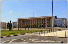 Edifício da Reitoria da Universidade Clássica de Lisboa, Cidade Universitária - Lisboa, Portugal.