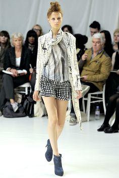 Sass & Bide Spring 2011 Ready-to-Wear Fashion Show - Hanne Bruning