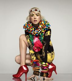 Is that a Rubix Cube around Agness Deyn's neck?