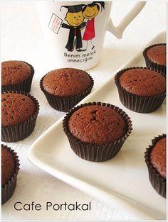 CAFE PORTAKAL: Kakaolu Mini Cupcake East Dessert Recipes, Cake Recipes, Desserts, Cupcake Cookies, Mini Cupcakes, Pasta Cake, Cap Cake, Chocolate Cake, Muffins