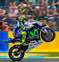 #FrenchGP #FP2 ⌚ 1'33.974  10° place #ValentinoRossi #wheelie #keepfighting    #iostoconvale #agv #agvhelmets #agvrider #dainesecrew #dainese #monsterenergy #VR46 #46 #forzavale #thedoctor46 #MotoGP