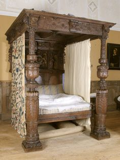Exeter made bed in Montacute House © National Trust / Simon Harris