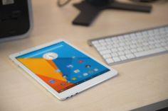 Il nuovo e-Tab, il primo tablet che supporta due sistemi operativi: bello…