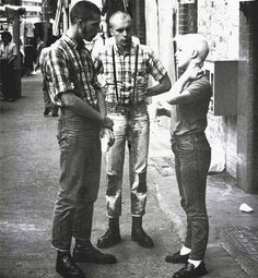 Mess of things I like, from a french antiracist skinhead girl. Mode Skinhead, Chica Skinhead, Skinhead Reggae, Skinhead Girl, Skinhead Fashion, Skinhead Style, Teddy Boys, Teddy Girl, Attitude