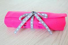Простой пенал для карандашей из куска ткани