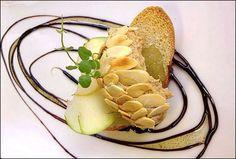 Met de choix, met de roi ! Le foie gras est toujours présents sur toutes les tables de fête ! Le foie gras est une spécialité culinaire à base de foie frais issu de l'élevage puis de l'engraisseme...