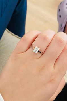Looking into simple engagement rings? How about choosing an emerald-shaped diamond? Timelessly beautiful, emerald diamond engagement rings always look stunning. Elegant Engagement Rings, Emerald Cut Engagement, Engagement Ring Cuts, Wedding Rings, Diamond Choker, Diamond Jewellery, Emerald Cut Diamonds, Diamond Cuts, Beautiful Diamond Rings