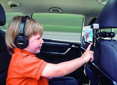 Cuidado con el uso de #pantallasdigitales a edades tempranas. Éstos dispositivos emiten hasta 5 veces más Luz de onda corta que afectan directamente a la #retina. Martínez Ópticos: Google+