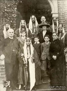 king faisal of saudi arabia ( 1906 - 1975 ) |