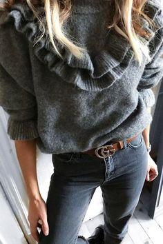 Os babados dão uma folga aos tricots mais simples