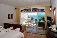 Stunning ocean views can be seen throughout the resort, including from the suites.
