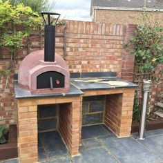 Pizza Oven Outside, Diy Pizza Oven, Pizza Oven Outdoor, Pizza Ovens, Outdoor Barbeque Area, Outdoor Kitchen Patio, Outdoor Kitchen Design, Outdoor Cooking Area, Outdoor Kitchens