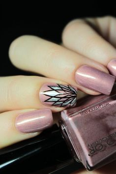 Spiro'Manucure by Liloo Nail art #nailart #nails #nailangel #manucure