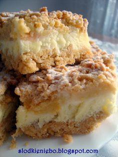 Słodkie niebo: Kruche jabłkowe ciasto z lekka budyniową pianką
