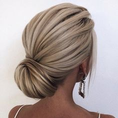 😍 … stunning hair by ・・・ hochzeitsfrisuren photo 2019 🌞🌞🌞 Happy Stunning Hair Saturday! 😍 … stunning hair by ・・・ hochzeitsfrisuren photo 2019 Bridal Hair Updo, Wedding Hair And Makeup, Hair Makeup, Hair Wedding, Chignon Wedding, Wedding Dress, Blonde Bridal Hair, Wedding Upstyles, Blonde Updo
