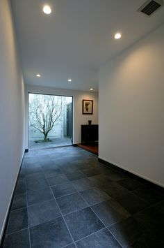 Entrance Ways, House Entrance, Japanese Modern House, Grand Homes, Inside Design, Shop Interiors, Deco, My House, House Design