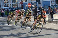 Alors que les classiques belges s'enchaînent en ce printemps, un autre front se prépare en France pour disputer la Route Adélie et Paris-Camembert . Thomas Voeckler est l'un des spécialistes de ces compétitions. Il aura l'expérience et le profil pour...
