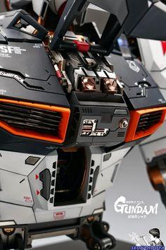 Neo Grade 1/35 RX-93 Nu Gundam Bust
