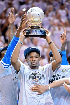 Kevin Durant: Full of WNBA Love  The three-time NBA scoring champion is a great supporter of the WNBA.