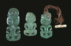 Three examples of Maori pendants ('hei tiki'). Traditionally carved from nephrite ('pounamu') - a stone difficult to both source and work - some of these may have been made from recycled nephrite adze blades. Abstract Sculpture, Bronze Sculpture, Wood Sculpture, Tiki Art, Tiki Tiki, Maori Words, Maori Tribe, Maori People, Frank Morrison